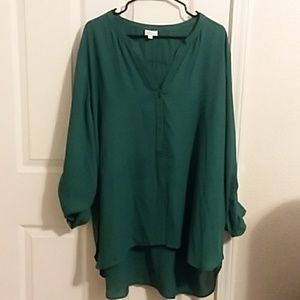 High low green blouse Landa Curve